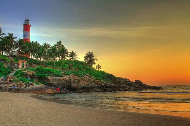 kovalam-beach2